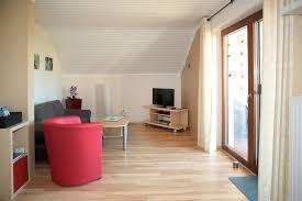 wohnzimmer mit lese und spielecke living room with reading