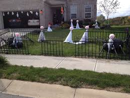 Halloween Graveyard Fence by 100 Halloween Cemetery Fence Ideas The Haunted Cemetery