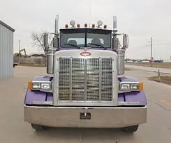 Peterbilt 379 In Des Moines, IA For Sale ▷ Used Trucks On Buysellsearch Kenworth T800 Versatile Hauler Trucks In Arizona For Sale Used Used 2007 Kenworth Pre Emissions Tandem Axle Daycab For Sale In Ari Legacy Sleepers Daycabs Intertional 9200i Tandem Axle Day Cab Tractor For Sale By Lvo Vnl64t Day Cab Dade City Fl Vehicle Details 2010 2004 Volvo Vnm42t Single Arthur 2000 Freightliner Fld120classic Truck Auction Or 2014 Peterbilt 579 2002 W900l Ms 6403