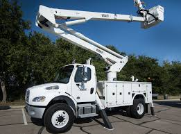 Bucket Trucks Articulated Telescopic Aerial Lifts | VERSALIFT INC