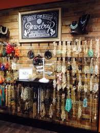 9d10ae216506b7e22fae14abc358336b 1200x1600 Pixels Jewellery DisplayJewelry ShopRetail