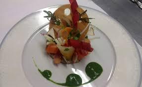 cuisiner cru 70 recettes food de tarte de légumes cuits et crus pistou d herbes par herland