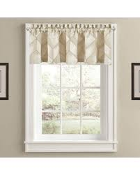 J Queen New York Marquis Curtains by Holiday Shopping U0027s Hottest Deal On J Queen New York Horizons