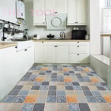 selbst adhesive pvc vinyl boden aufkleber verwendet für bad wohnzimmer und wc dekoration nicht slip laminat boden fliesen