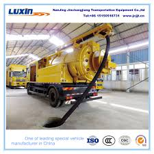 China Fecal Sewage Suction Small Truck Manufacturer - China Fecal ...