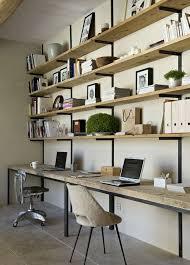 diy un bureau industriel tout simple en bois brut et acier