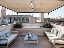 balkongestaltung mediterrane ideen mit wpc dielen