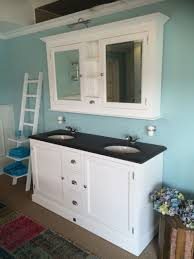 waschtisch weiß mit einem spiegelschrank doppelwaschtisch