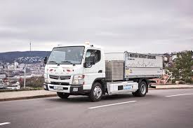 Daimler Delivers 5 Fuso Canter E-Cell Electric Trucks In Germany