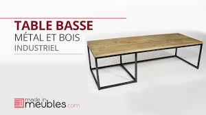table basse industrielle en métal et bois vieilli