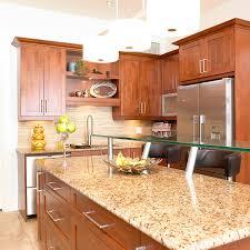 cuisine contemporaine bois massif cuisines beauregard cuisine réalisation 148 cuisine