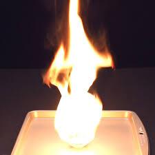 10 expériences à faire avec du feu