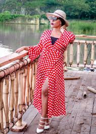 red polka dot dress x straw hat the style cheapskate