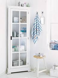 ordnung im badezimmer muss sein wohnidee eckschrank