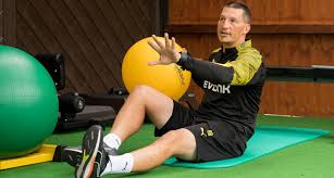 fitness in football the quest for perfection bvb de