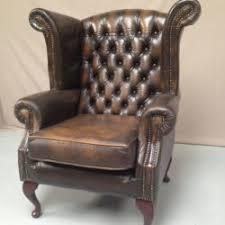 fauteuil bureau chesterfield canapé chesterfield bordeaux capitonné