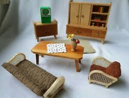 details zu wohnzimmer crailsheimer holz schrank sofa teppich puppenstube puppenhaus möbel