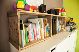 Rustic Pallet Bookshelves For Kids Room Etagere Rustique En Bois De Palettes