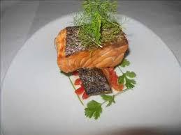 comment cuisiner un pavé de saumon salmon how to cook a pan fried salmon comment cuisiner