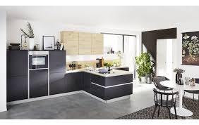 raffinierte küchenzeile mit halbinsel ka 44 120 42 150 in softlack schwarz und wildeiche rustikal nachbildung
