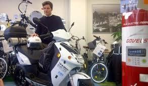 vianney bureau roadtrip en en scooter électrique