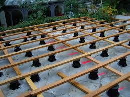 plot reglable pour terrasse bois faire une terrasse en teck