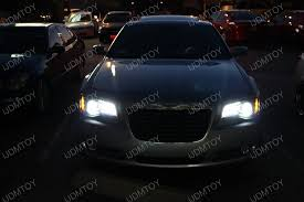 chrysler 300 is distinctive with psy24w led turn signal lights