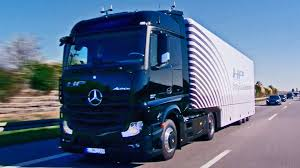 ▻ First Autonomous Series-Production Truck On Public Roads - YouTube