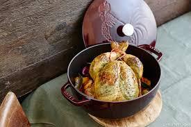 cuisine en cocotte staub le spécialiste de la cuisson et de la fonte émaillée maison