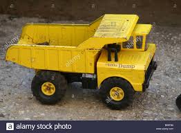 Tonka Truck Stock Photos & Tonka Truck Stock Images - Alamy Mid Sized Dump Trucks For Sale And Vtech Go Truck Or Driver No Amazoncom Tonka Retro Classic Steel Mighty The Color Vintage Collector Item 1970s Tonka Diesel Yellow Metal Funrise Toy Quarry Walmartcom Allied Van Lines Ctortrailer Amazoncouk Toys Games Reserved For Meghan Green 2012 Diecast Bodies Realistic Tires 1 Pressed Wikipedia Toughest