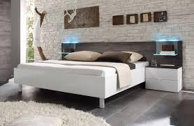 schlafzimmer weiss komplett