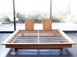 cadre design pas cher lit cadre de lit 160x200 de luxe lit sommier 160x200 pas cher