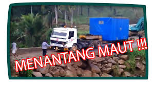 AKSI SOPIR TRUCK YANG MENANTANG MAUT - Vidio.com Video Fhp Officer Discusses Train That Hit Truck Near Cocoa Slot Machine Gaming In Truck Stops This Game Themed Food Lets You Play Games While Dump For Children Real Trucks Kids Media Center Volkswagen Bus Decker Officially Implements Smartdrive Safety Program Ride 1951 Chicago Fire Wvideo See It Action Prolines Promt 4x4 Monster Rc Aksi Sopir Truck Yang Mentang Maut Vidiocom Led Van On Rent Led Video Wall On Lucknow Big Moving The Highway Animation Carto Stock