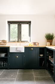 Best Color For Kitchen Cabinets by Best 25 Dark Blue Kitchens Ideas On Pinterest Dark Blue Colour