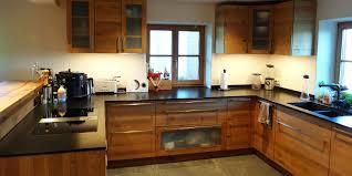 holzküchen tipps rund um holzküchen und küchenplanung