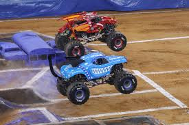 100 Monster Jam Toy Truck Videos Brings Highoctane Energy To ATT Stadium Gallery