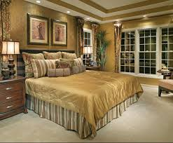 Brilliant Decorating A Master Bedroom And 61 Bedrooms Decorated Professionals