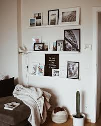 bilderwand fotowand wohnzimmer inspiration wohnzimmer
