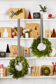 Decorating Bookshelves Without Books by 80 Diy Christmas Decorations Easy Christmas Decorating Ideas