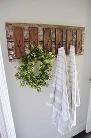 Easy To Make DIY Towel Hooks For Rustic Bathroom Decor Istandarddesign