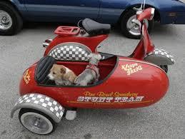 MOTORCYCLE 74 Vespa Sidecar Dogs