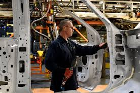 Ford Invests $1.3 Billion In Kentucky Truck Plant Ford Is Vesting 25 Million Into Its Louisville Plant To Make Hot Truck Plant Human Rources The Best 2018 Restart F150 Oput Following Supplier Fire Rubber And 5569 Apply For 50 Jobs At Pickup Truck Troubles Will Impact 2700 Workers Makes 5 Millionth Super Duty Kentucky Ky Lake Erie Electric Suspends All Production After Michigan Allamerican Pickup Trucks Aim Lure Chinas Wealthy Van Natta Shows Off Louisvillemade Dearborn Test Track Motor Co Historic Photos Of And Environs