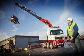 DIAMOND H's FIRST VOLVO TAKES TRUCK-MOUNTED CRANES TO NEW HEIGHTS