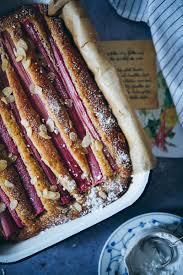einfaches rhabarberkuchen rezept zucker zimt und liebe