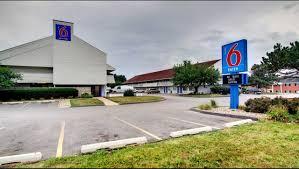 Motel 6 Cedar Rapids Hotel In Cedar Rapids IA ($43+) | Motel6.com