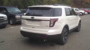 Ford Explorer Captains Chairs Second Row by 2015 Ford Explorer Sport Vs Limited What Are The Differences