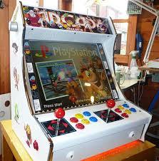 Mini Arcade Cabinet Kit Uk by Tabletop Arcade Machines Half Cabinet Half Amazing Technabob