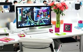 Showy Step 2 Desk Ideas by Showy Office Desk Decor For Home Design Amazing Decoration Items