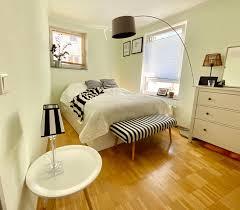wird zeit für eine neue wandfarbe im schlafzimmer