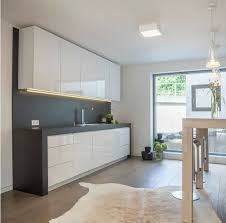 neubau 3 zimmer offene küche sonnenbalkon 2x4meter fußbodenheizung uvm
